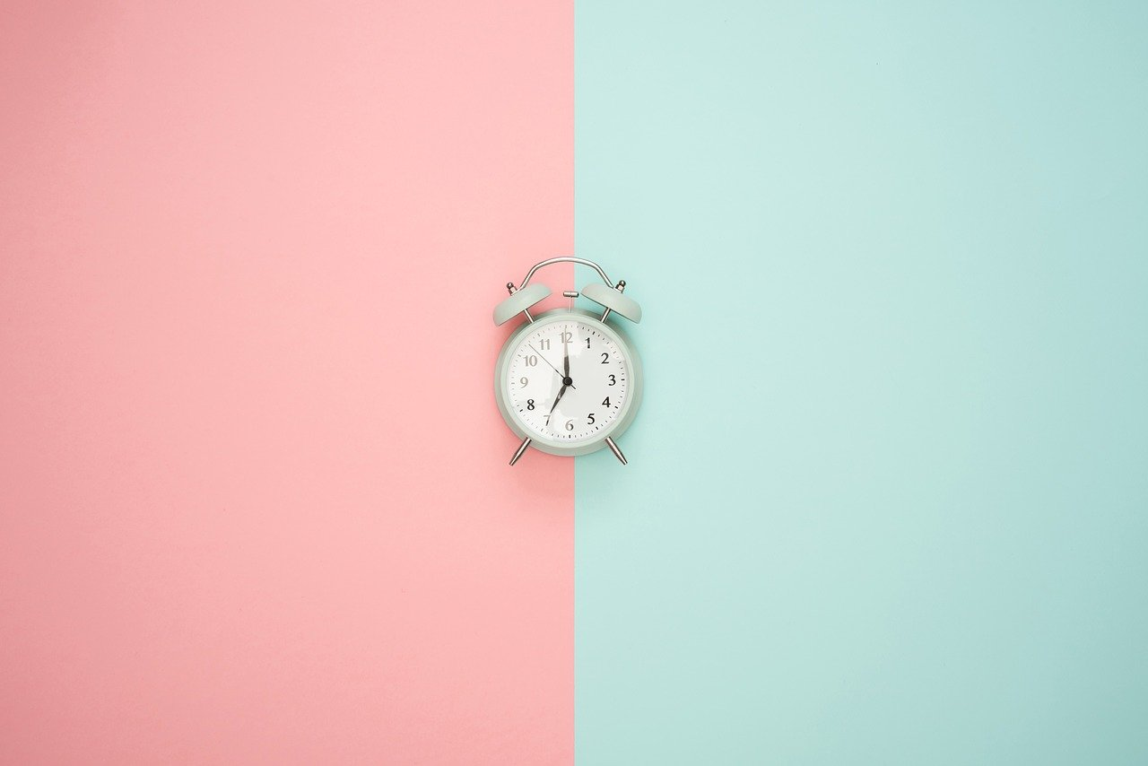 how long does it take to build a website large and small